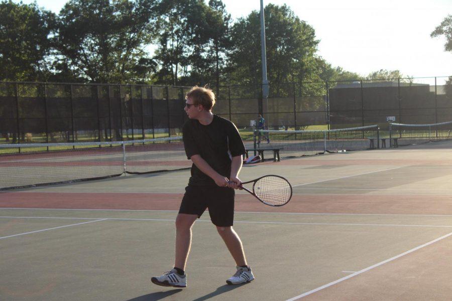 Boys Tennis Starts Season